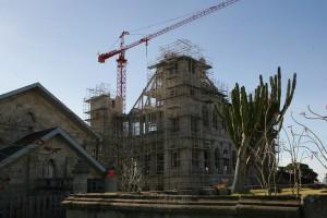 La Palais de la Reine en reconstruction suite à l'incendie de 1995.