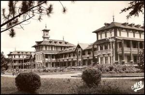 Les thermes d'Antsirabe dans les années 1953.