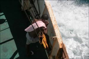 Le bateau ne naviguant pas loin des côtes, on arrive à capter fréquemment le réseau téléphonique.