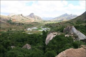 Le parc villageois d'Anja sur la RN7 offre également de superbes vues sur la vallée.
