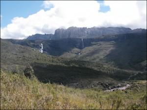 Les chutes de Riambavy dans le massif de l'Andringitra.