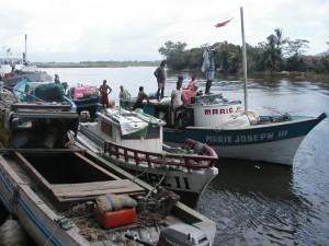 Antalaha Marojejy Masaola. Port de Maroantsetra.