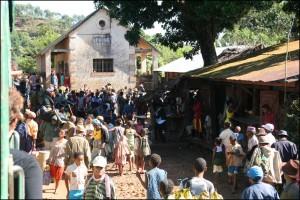Madagascar découvertes. Train FCE.